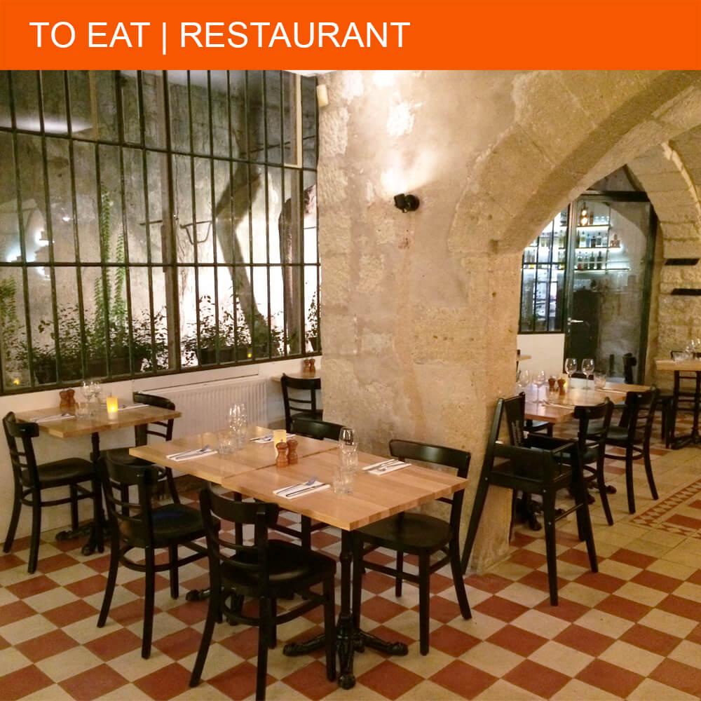 Happy dining at restaurant Ten in Uzès