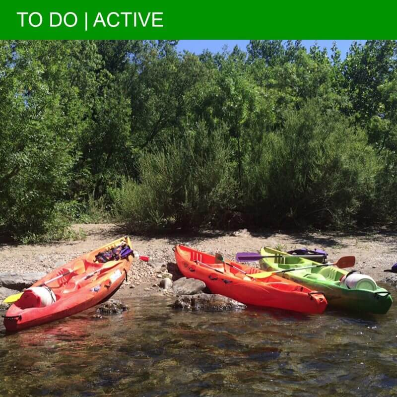 Kayaking in Roquebrun: great fun for the whole family