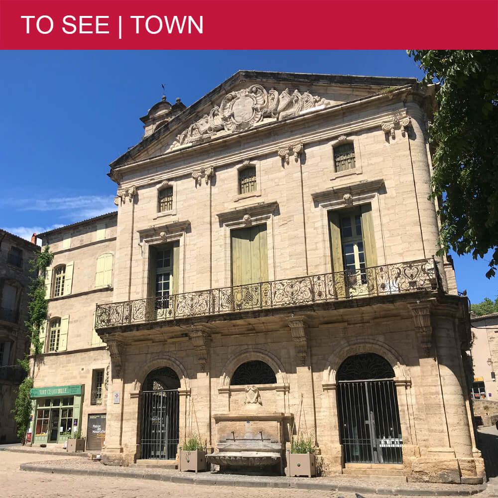 Self-guided tour through picturesque Pézenas